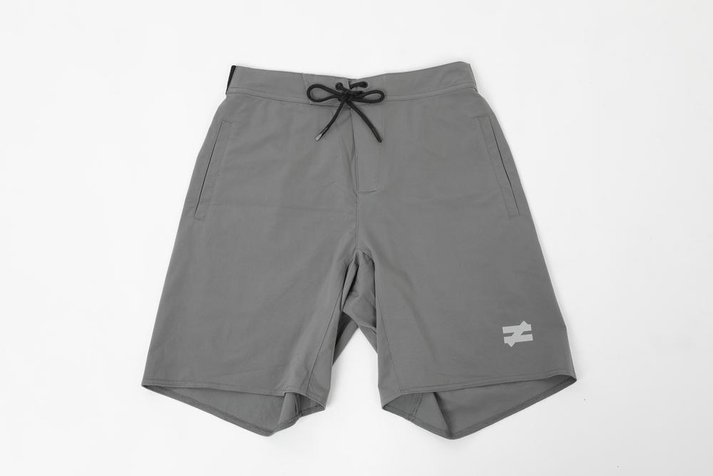 FUNCTION SHORT - STONE GREY