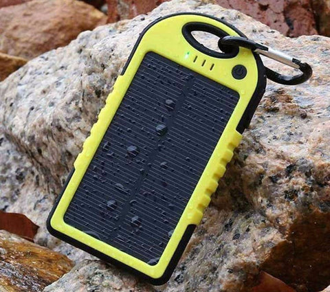 100% WATERPROOF SOLAR POWER BANK