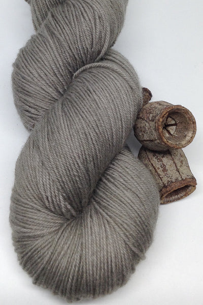 Gumleaf_dark grey