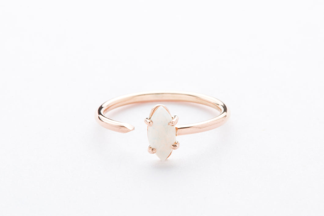 Olimpo Ring Marquise Cut