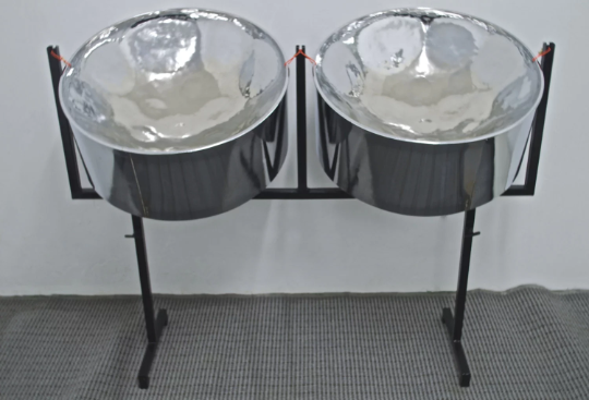 KaribPAN F# Double Second Steel Drum Package (High Polish Chrome) + Cases, Stands, Sticks