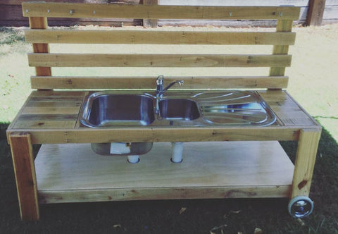 Mud Kitchen with wheels