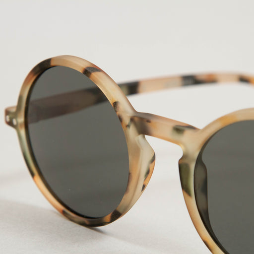 #G The Round Sunglasses in LIGHT TORTOISEIZIPIZI - CACTWS