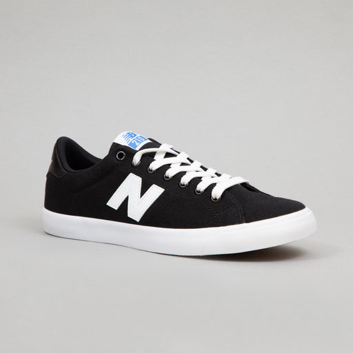 NEW BALANCE All Coasts AM210 Trainers in BLACK & WHITE