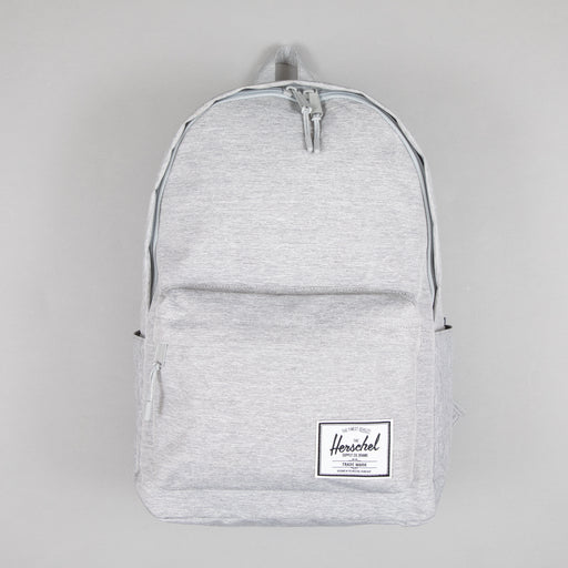 Classic XL Backpack in LIGHT GREY CROSSHATCH
