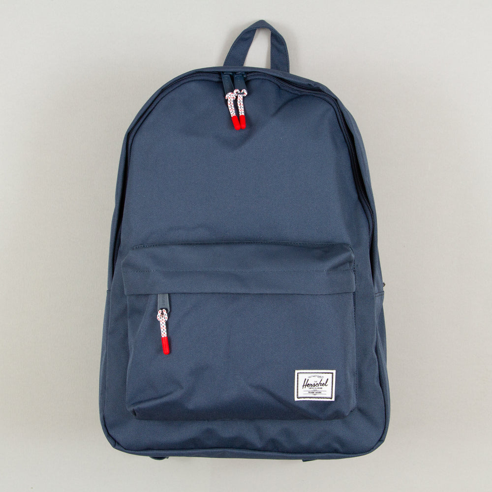 Classic Backpack in NAVYHERSCHEL SUPPLY CO. - CACTWS