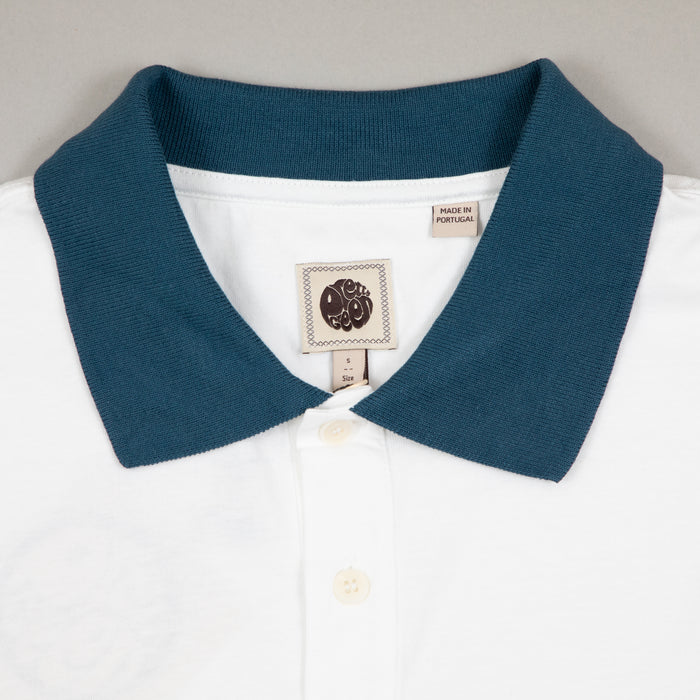 Contrast Colour Cuff Polo Shirt in WHITEPRETTY GREEN - CACTWS