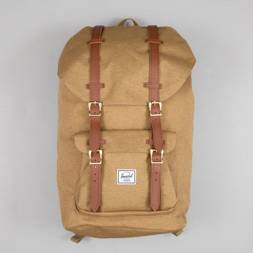 Little America Backpack in CAYOTE SLB