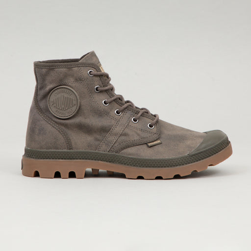 PALLADIUM Pallabrouse Wax Boots in MAJOR BROWN & MID GUM