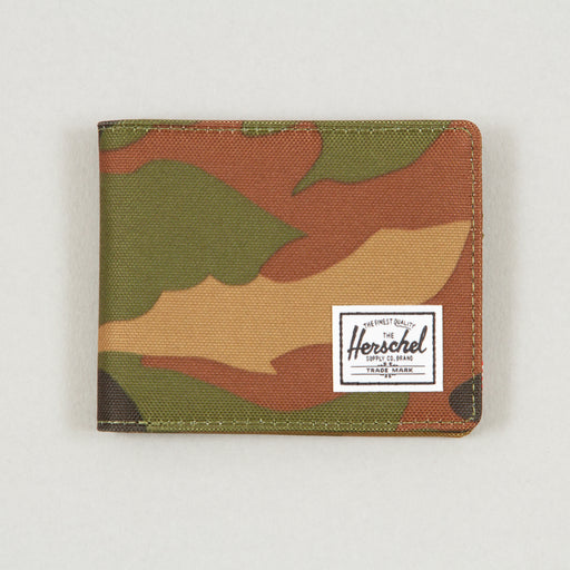 Roy + Wallet in WOODLAND CAMO