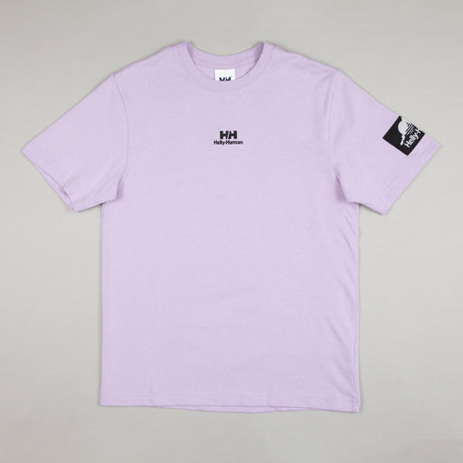 HELLY HANSEN YU Patch T-Shirt in LILATECH