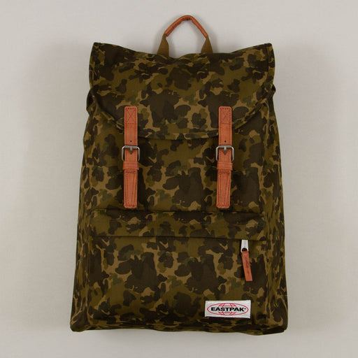 London Backpack in OPGRADE CAMOEASTPAK - CACTWS