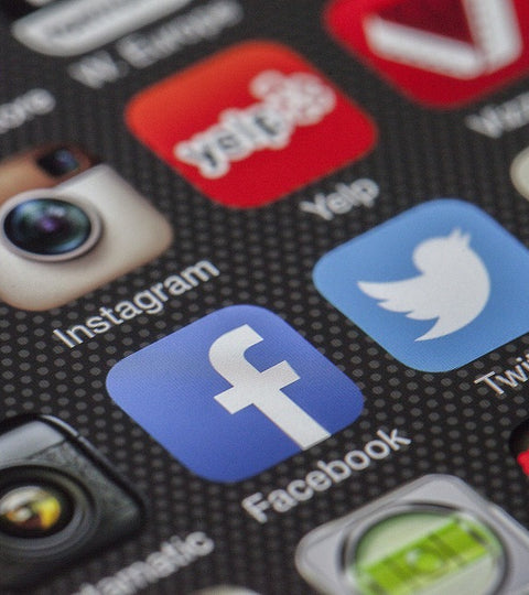 Social Networks Increase Stress