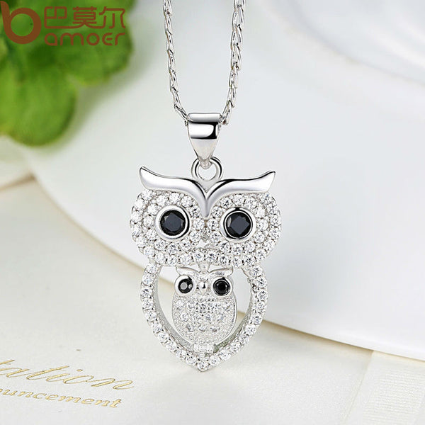 Vintage Owl Pendant Necklace Jewelry with Austrian Zircon