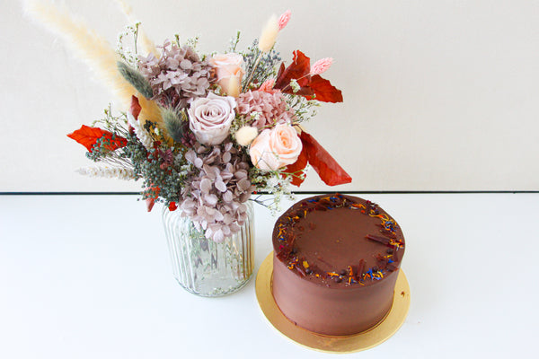 Dawn Q. Preserved Flower X Zee & Elle's Chocolate Cake