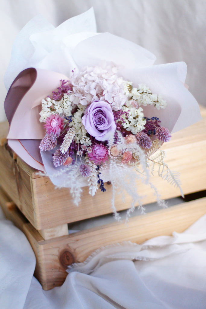 lilac dried flowers hydrangea rose