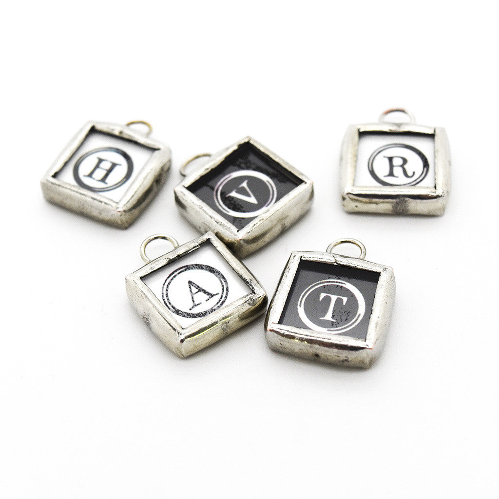 Button Initial