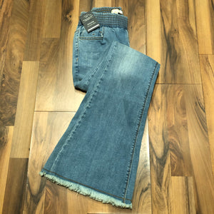 Elastic Bell Bottom Jean