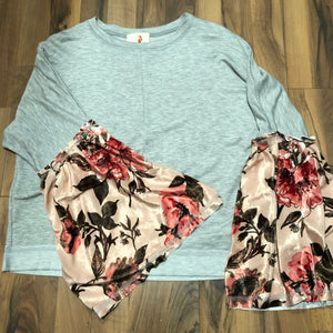 Floral Bell-sleeve Top - Mix & Mingle Boutique