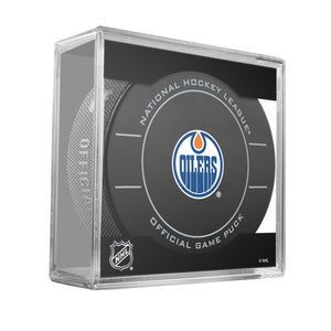 Edmonton Oilers Official Game Puck (2009 to 2011)