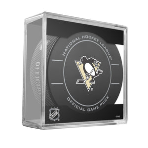 Pittsburg Penguins Official Game Puck (2009 to 2011)