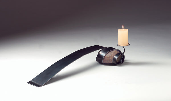 flat metal ribbon table candle holder