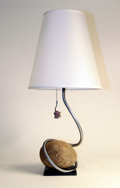 one stone swirl table lamp 5″ base