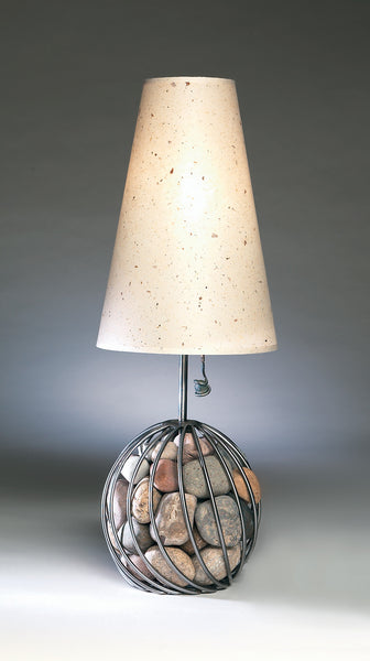 pebbles round table lamp