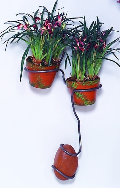 two vase wall planter