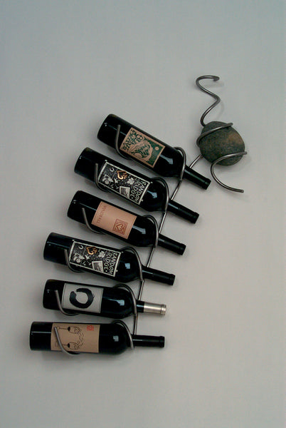 6 bottle wall wine holder with one stone
