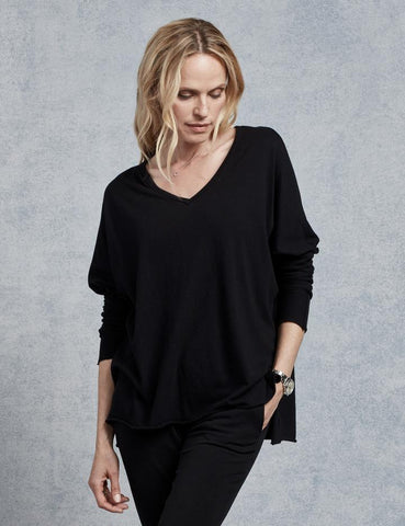 Deep V Long-Sleeve Tee in Black