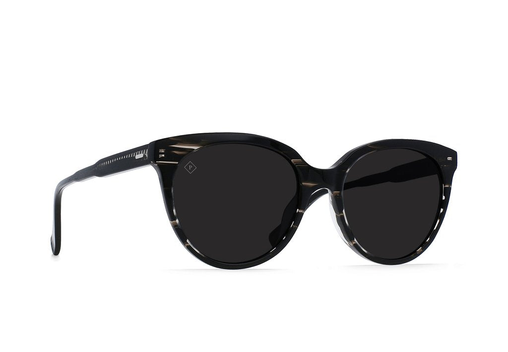 Lily Sunglasses in Licorice/Dark Smoke Polarized