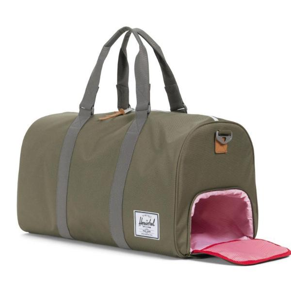 Herschel Novel Duffle - Ivy Green / Smoked Pearl