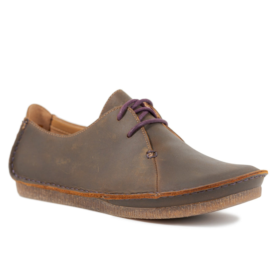 Clarks Janey Mae - Beeswax Leather
