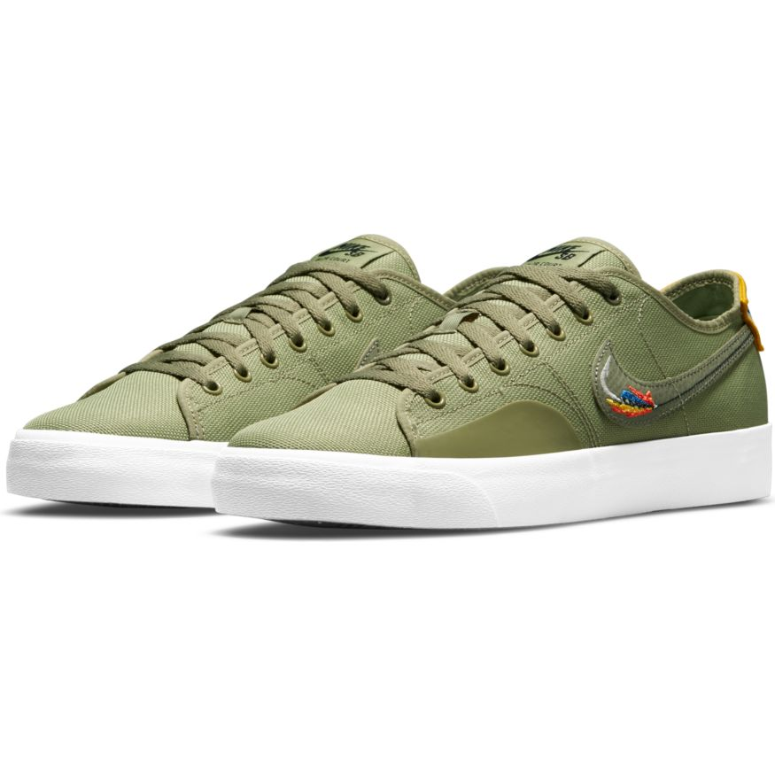 Nike SB Blazer Court Daan Van Der Linden Low Pro GT - Dusty Olive/Medium Olive/-Light Bone-Navy