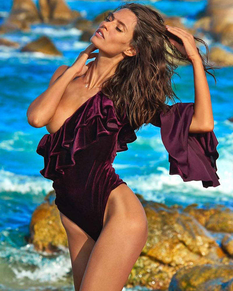 Bianca Balti for Sports Illustrated Swimsuit