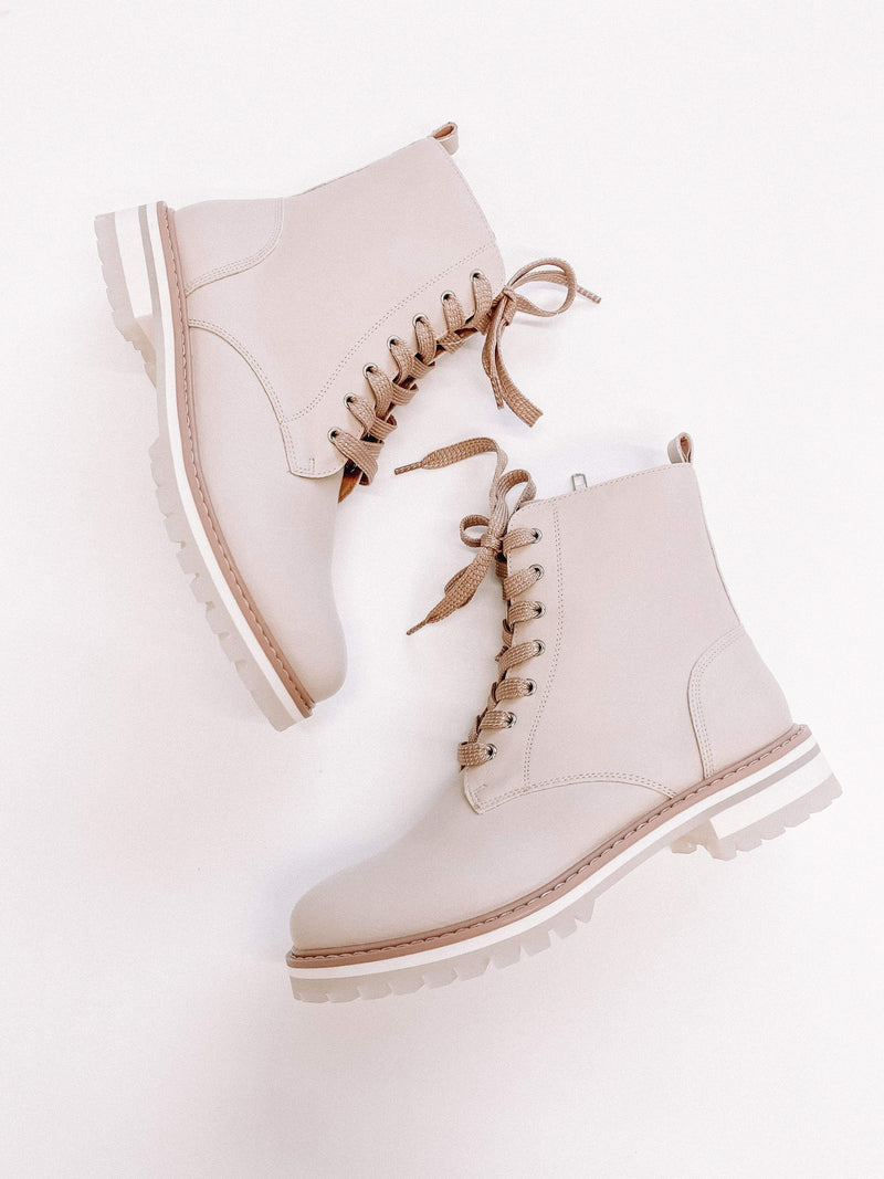 Beige Paula Lace-Up Boot Lane 201