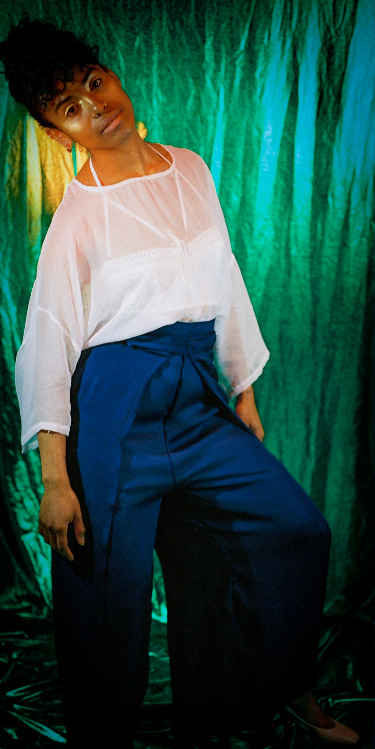 Wrap pant in blue silk