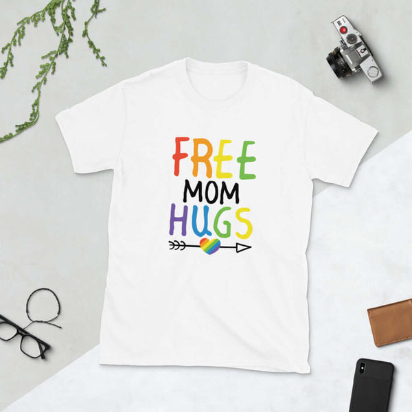 Free Mom hugs LGBTQ ally mom short sleeve unisex T-shirt