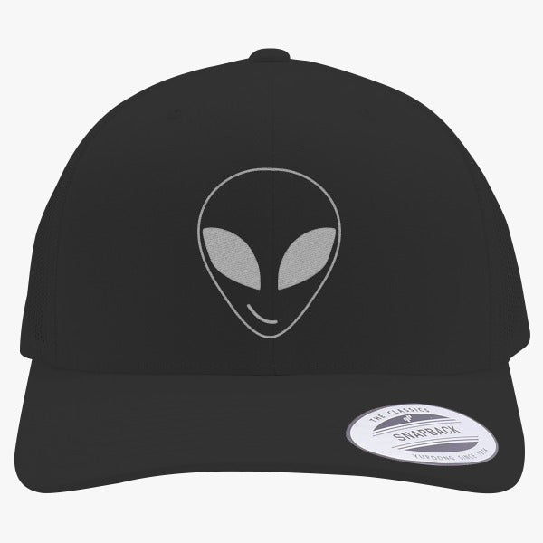 Alien Smiling Embroidered Retro Embroidered Trucker Hat