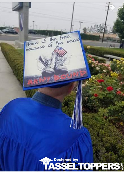 Graduation caps, graduation cap ideas, graduation cap design, DIY graduation caps, custom graduation caps