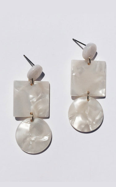 TOTEM EARRINGS // IVORY