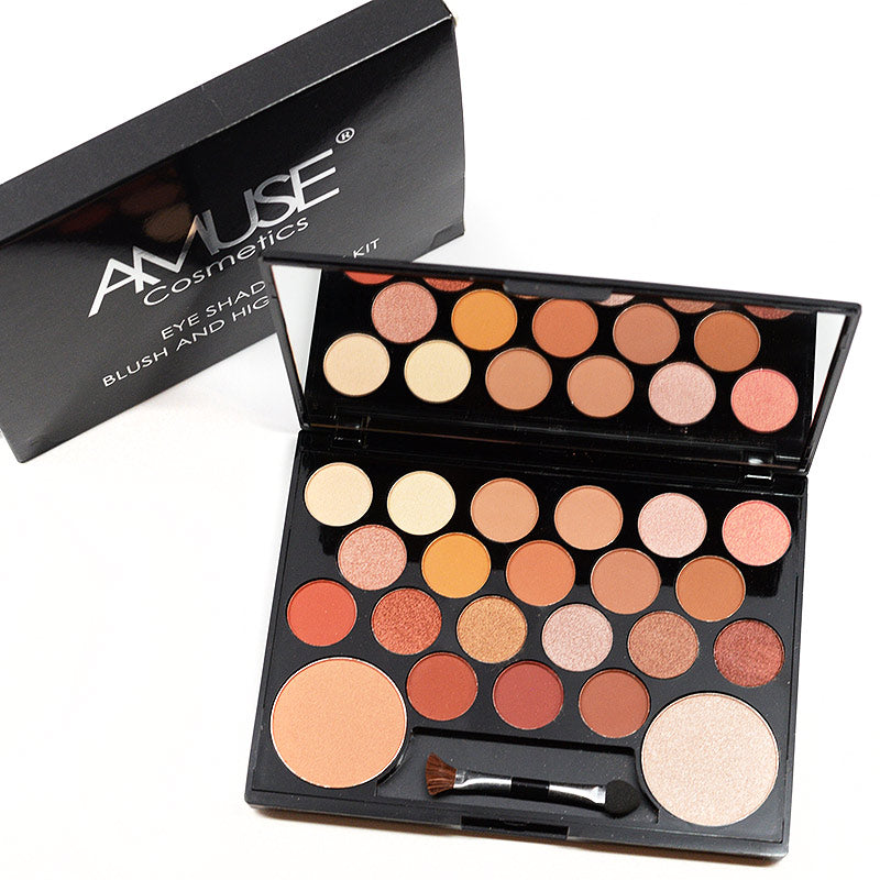 Amuse Eyeshadow Blush and Highlight Kit