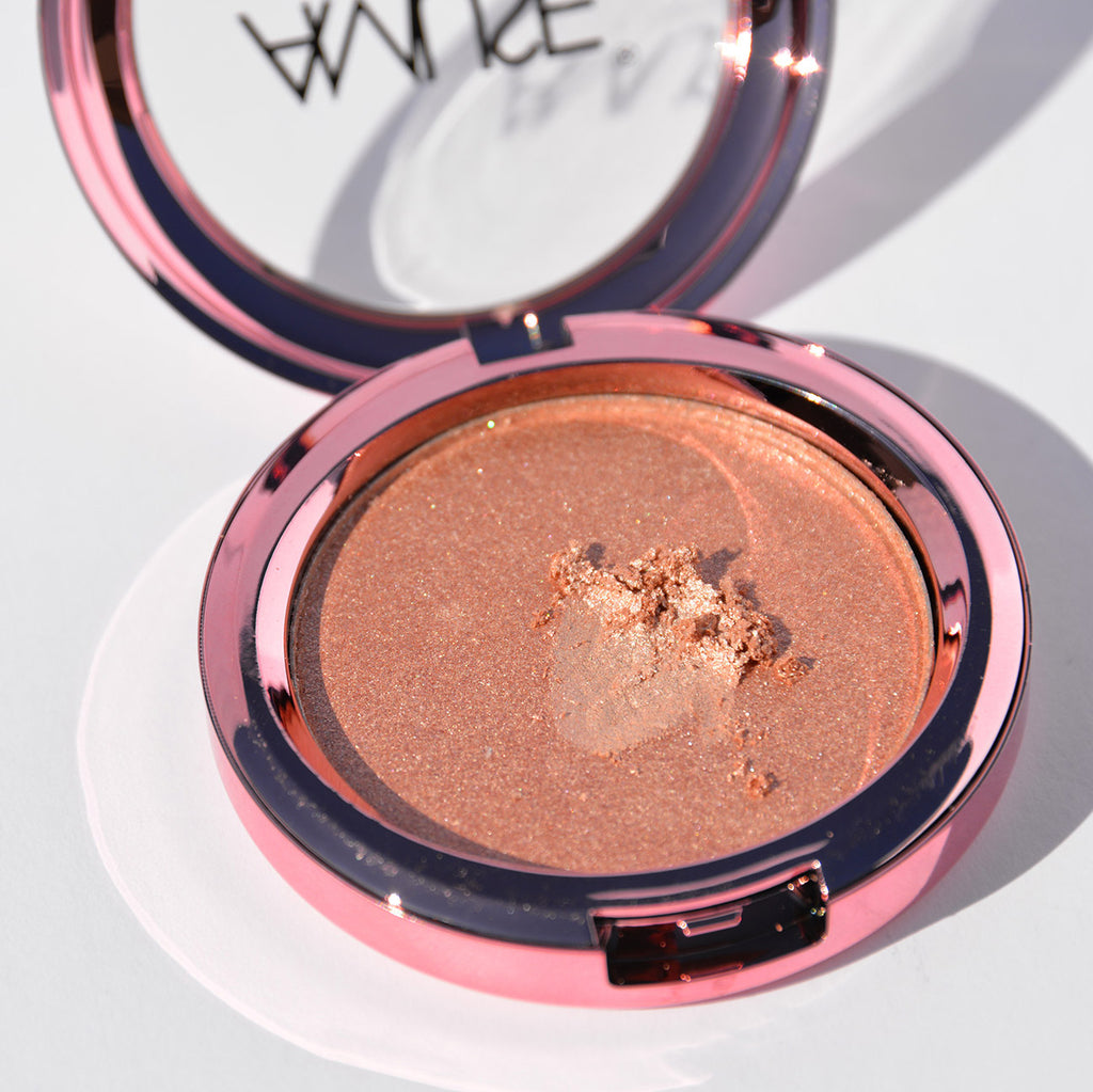 Amuse Highlighter Pressed Illuminator