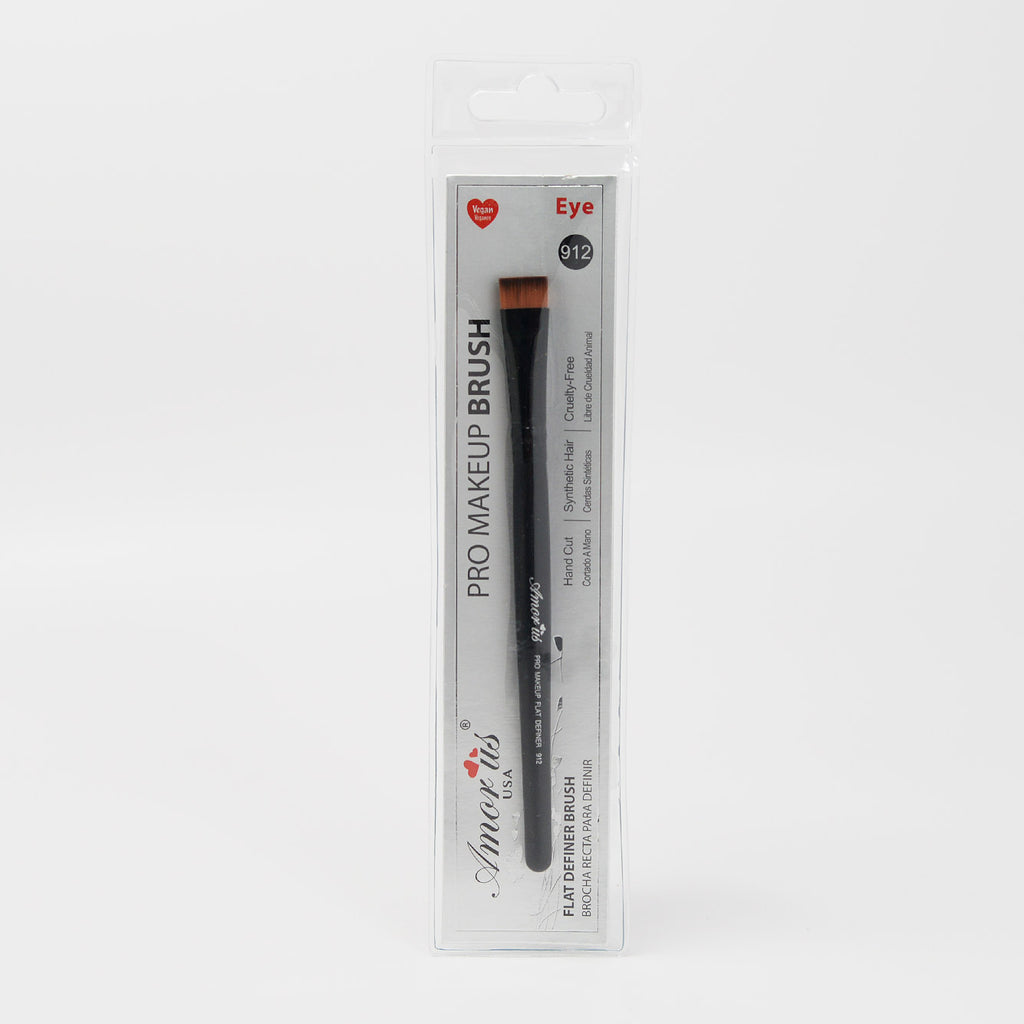 Amor Us Flat Definer Eye Brush