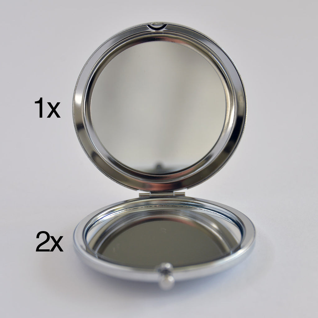 Magnifying Compact Mirror