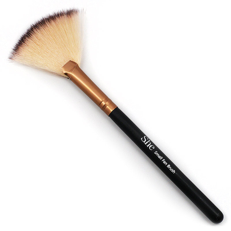 She Makeup Small Fan Brush 414