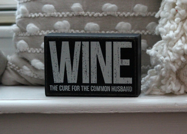 wine box sign