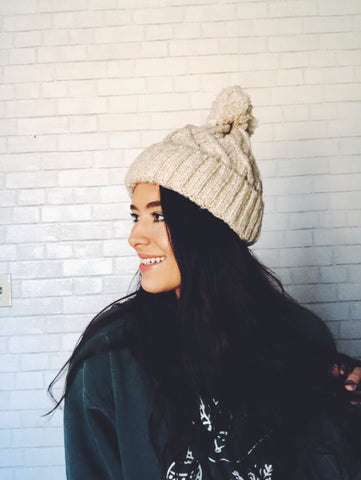 cozy pom beanie - multi colors
