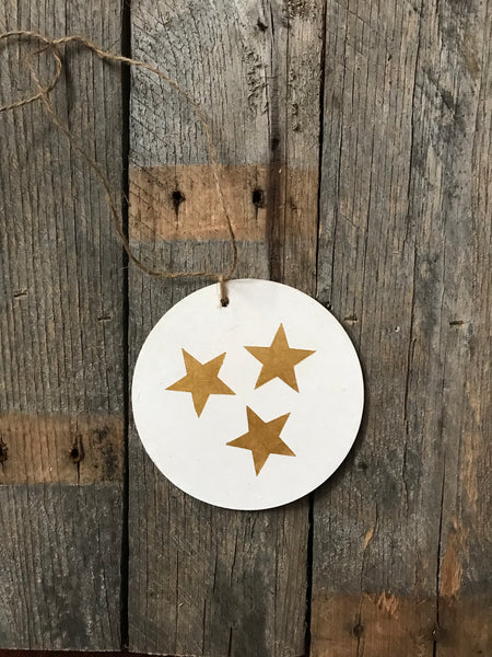 Tristar ornament - white and gold